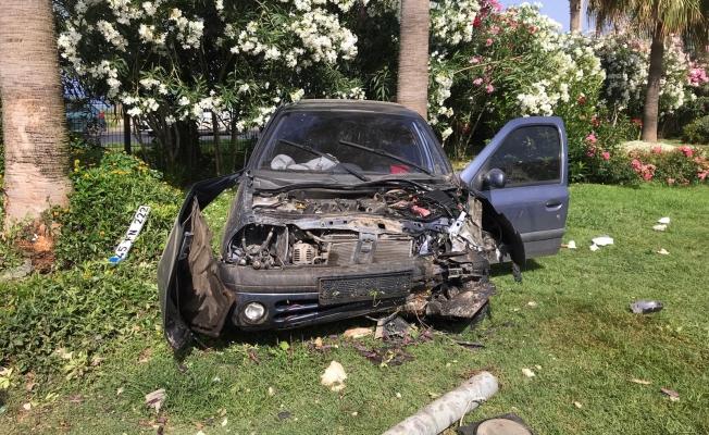 Alanya'da feci kaza 2 yaralı