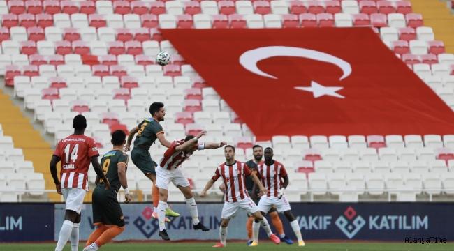 Alanyaspor deplasmanda Sivasspor'u 2-0 mağlup etti.