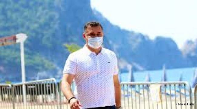 Başkan Adem Murat Yücel görevine geri döndü