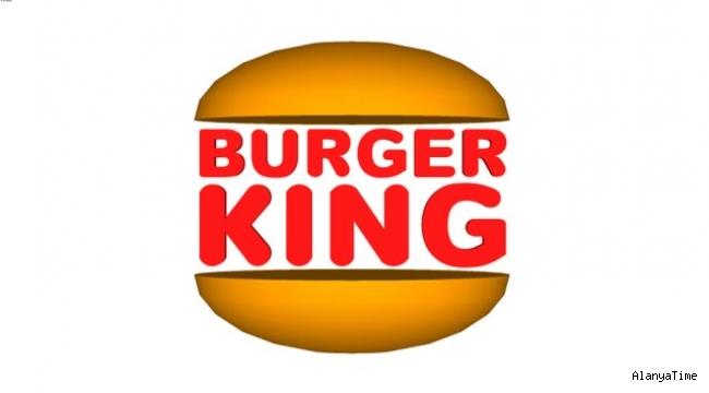 Burger King, 1999 yılında tedavülden kaldırdığı eski logosunu yeniden kullanmaya başladı.